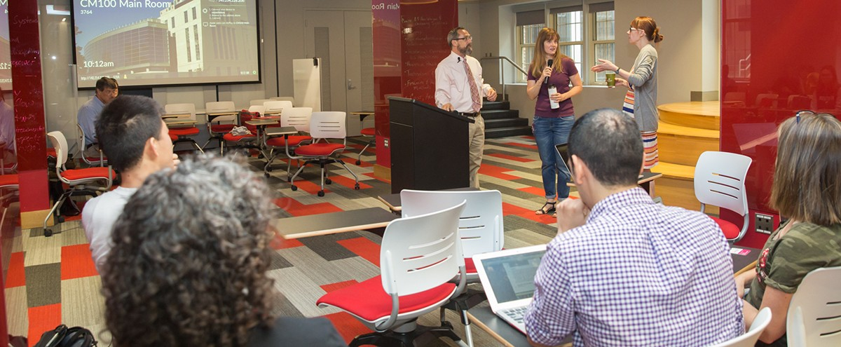 ODEE experts speak to Ohio State instructors during a Kickstart Week session